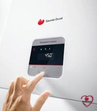 Poza Centrala termica in condensatie Saunier Duval IsoTwin Condens T 26 cu boiler incorporat 42 litri